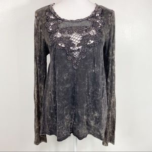 Gimmicks by BKE Paisley Print Cut Out Top Small